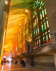 Sagrada Familia Afternoon (Ron Scubadiver's Wild Life) Tags: barcelona people familia architecture spain nikon cathedral gaudi 20mm organic sagrada