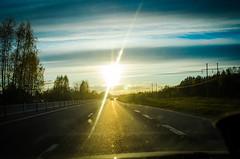 blinded by the light (Patrik hman) Tags: road light sunset sky sun cars outdoor himmel vg solnedgng ljus blindedbythelight 97an fotosondag tamronsp2470mmf28divcusd fs160522