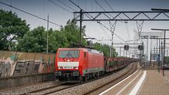DB Cargo 189 071-4 passing through Zwijndrecht (Nicky Boogaard Photography) Tags: ns siemens db cargo alstom 189 bombardier roosendaal cartrain class66 1621 g2000 zwijndrecht locon containertrain vossloh es64f4 captrain