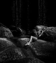Darkness on the edge of light (PMTN) Tags: blackandwhite woman portugal canon waterfall model body mulher modelo pretoebranco corpo cascata pedronascimento