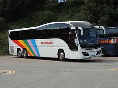 DSCN9220 Weardale Motor Services, Stanhope YN11 AXK (Skillsbus) Tags: buses volvo cheshire trafalgar chester elite logan coaches weardale plaxton dunloy