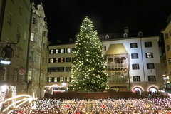 Innsbruck (PIZZO76) Tags: christmas mountain alps austria tirol berge inverno natale alpi montagna innsbruck tirolo mercatini goldenesdachl tryol