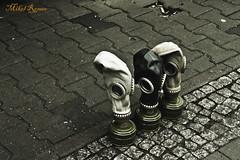 Gizakiaren beste aurpegia/La otra cara de la humanidad (mromeoruiz.wordpress.com) Tags: street berlin gente guerra historia jendea mundua cosasdelacalle kalekogauzak