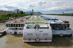 3 ships - 3 countries (ekick) Tags: vienna wien city river austria österreich wasser ships stadt fluss danube schiffe donau fahrzeuge