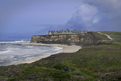 Top Of The Bluff: The Ritz-Carlton Hotel (Greatest Paka Photography) Tags: ocean california travel seascape beach golf landscape hotel coast pacificocean shore golfcourse ritzcarlton westcoast halfmoonbay bluff sanmateocounty