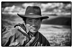 The horseman (William Levassor) Tags: china portrait bw horse white black mountains canon noir ride william nb riding kham himalaya sichuan blanc willy chine 6d tagong 24105 levassor chinesichuankham2014octobrewilliamlevassor