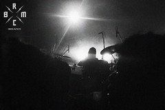 32 (reaoubien) Tags: leica blackandwhite bw monochrome live rocknroll brmc photoworks stagephotography petehayes reaoubien