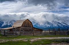 Grand Mist (@!ex) Tags: mountains clouds barn parks grand national wyoming tetons