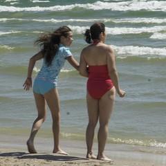 Mother and Daughter - DSC01804_ep (Eric.Parker) Tags: camping ontario swimming daughter mother lakeontario sanddune bathingsuit sandbanks quinte sandbanksprovincialpark princeedwardcounty quintesisle