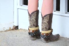 2016-07-15 (25) boots at Laurel Park (JLeeFleenor) Tags: photos photography md maryland marylandhorseracing girls woman femme frau vrouw donna lamujer dona    ena kvinde nainen   n  wanita   kvinne  kobieta mulher  kvinna  kadn  ngiphn boots shoes footwear footgear cowboyboots outside outdoors