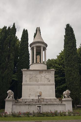 Mausoleo Candia