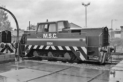 S 10147/1963 (Down to nowhere) Tags: industriallocomotive 060dh msc manchestershipcanal manchestershipcanalcoltd manchestershipcanalrailway 3004 sentinel rollsroycesentinelltd traffordpark class015 01557 s101471963
