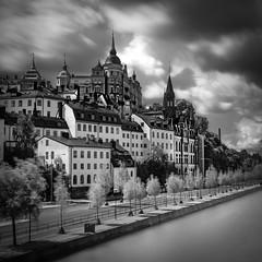 8481 (Peter Levi) Tags: city longexposure blackandwhite bw blancoynegro cityscape sweden stockholm le