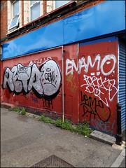 Retro / Enamo (Alex Ellison) Tags: retro cbm enamo tag westlondon urban graffiti graff boobs chrome