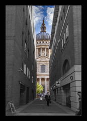 Old and New (mini-b) Tags: london stpauls cathedral colourinblackwhite 2016 canon eos5dmkii ef24105mm14lisusm