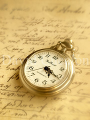 Soft Time (David Cucaln) Tags: old stilllife blur macro art 35mm vintage soft time text letters watch retro desenfoque letter carta suave 2012 letras bodegon texto fineartphotography tiempo naturalezamuerta antiguedad oldclock oldwatch cucalon relojantiguo olympuse510 davidcucalon