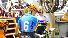Preparation (Pete Hurford) Tags: cycling track belgium bel gent sixdays zesdaagse vlaanderen velodromw
