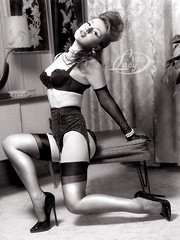 The World's Best Photos of 1950s and girdle - Flickr Hive Mind