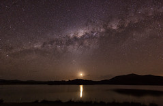 Milky Way Moonset (Kristin Repsher) Tags: longexposure reflections stars nikon df australia queensland moonset milkyway scenicrim starrysky wyaralong wyaralongdam