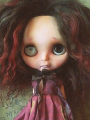 A new scalp for Portia? (shepuppy) Tags: graveyard blythe gown custom scalp rbl pariszhenpink shepuppy dollskingdom