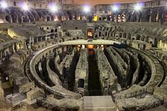 Rome - Colisée de nuit (Nicolas Vollmer) Tags: rome roma night photo italia shot antique colosseum nuit cirque italie colosseo colisée amphithéâtre jeux flavien
