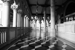 Venetian Views 10/365 (Artedgy) Tags: vegas vacation blackandwhite bw monochrome tile tourist venetian lasvegasnv annaortizgurule artedgy annagurule