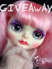 Who is into a dolly giveaway?
