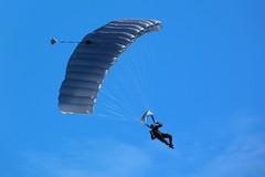 100 Anos de Aviao Naval. Grumec (Rodreagle) Tags: navy seals salto marinha soldado aviao paraquedas paraquedista grumec fz40