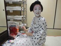 Mamefuji (Kikyou chan) Tags: kyoto maiko tama gion okiya hanamachi kobu mamekiku mamefuji karyuukai