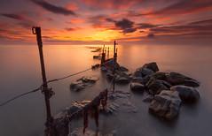 Sugar Sands Fence. (Calum Gladstone) Tags: longexposure seascape sunrise fence c sugar northumberland sands leefilters
