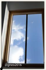 il cielo in una stanza (gneopompeo) Tags: finestra cielo