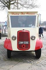 IMG_4584 (RichardAsh1981) Tags: liverpool festivals van albertdock commer dwm698 steamonthedock2016