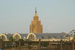 Bgen und der Turmbau zu Babel (raumoberbayern) Tags: vacation latvia riga baltics lettland robbbilder urbanfragments baltikum