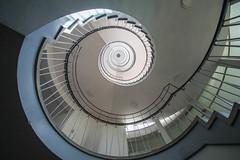 B (Elbmaedchen) Tags: staircase bremen escaleras escaliers treppenhaus treppenauge verwaltungsschule doventor
