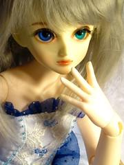 Lara the Ballerina (MercuryLampe) Tags: ballet ballerina lara bjd ae heterochromia asleepeidolon jiaojr