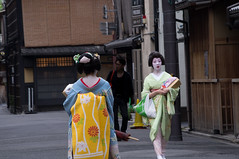 Geishe (nellini P.) Tags: street japan kyoto geisha gion giappone