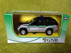 Maisto - Jeep Cherokee GNR Guardia Nacional Republicana / National Police, Portugal - Police Car - Miniature Die Cast Scale Model Emergency Services Vehicle (firehouse.ie) Tags: cars scale car metal toy toys 1 miniatures miniature office model automobile garda die cops models guard police pd deputy sherrif vehicles sd civil cast le cop vehicle service law enforcement sheriff collectible collectables guards squad emergency gs polizei department officer patrol automobiles swat collectibles policia guardia 43 collectable dept unit polis 143 diecast ert units aru eru constabulary gardai crusier gendarm siochana gendarmie zamac siochanna