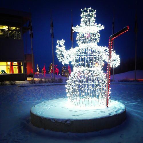I heard he'd be back again next year #frosty #snowman #yxy #Yukon