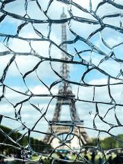 Parigi - Tour Eiffel (Robinud) Tags: paris toureiffel torreeiffel parigi