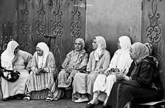 marrakech (Gosia Biniek) Tags: street urban blackandwhite bw woman blancoynegro photography women streetphotography morocco marrakech whiteandblack noiretblance blackandwhitephotos schwarzweis blackwhitephotos