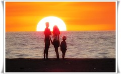 San Felipe Sunset, Philippines (glenn anthony johns) Tags: sunset orange moon west beach water canon photography evening san glenn philippines rise felipe johns luzon classy zambales gaj