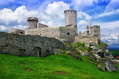 Castle Ogrodzieniec (Smo_Q - As long as you remember me, I'll never ..) Tags: castle spring poland polska polen polonia zamek  ogrodzieniec    pentaxk5