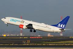 LN-RPM (Yan David) Tags: paris de charles boeing gaulle sas airlines scandinavian 737883 lnrpm