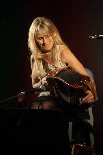 "Sharon Shannon - Gigging with the Galway Girl • <a style=""font-size:0.8em;"" href=""https://www.flickr.com/photos/39390606@N06/16293149385/"" target=""_blank"">View on Flickr</a>"
