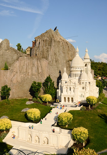 Legoland Windsor - Mini Land - Basilique du Sacre-Coeur And Mountain
