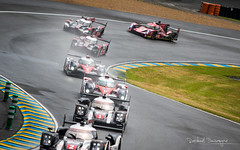 LMP1s (Raph/D) Tags: wet colors car rain race start canon eos track mark racing safety mans le ii prototype 7d l driver series 24 gt lm endurance circuit foret catchy fia esses sportscar racer motorsport piste aco pilote 70200mm 2016 sarthe lseries heures wec 24heuresdumans ef70200mmf28lusm 24hourslemans lm24 canoneos7dmarkii 24lm