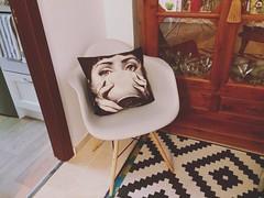 (Vallelitoral) Tags: cute home vintage casa nice chair flickr interior decoration retro silla eames cushion app hogar iphone decoracin cojn fornasetti flickraward iphonegraphy mueblerondeo