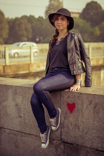 italy love girl hat painting torino happy italian heart jacket converse po cave piazza turin inlove vittorio