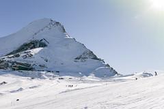 Kitzsteinhorn (Victor Olausson) Tags: austria skiing sigma glacier kaprun preseason kitzsteinhorn dp2x sigmadp2x skidlrarlinjen skidlrarlinjen1415 campusre