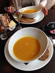 Amsterdam (Kristel Van Loock) Tags: food holland amsterdam lunch soup europa europe nederland thenetherlands cibo olanda jordaan citt pranzo piatto soep capitalcity citytrip lespaysbas vanharte paesibassi